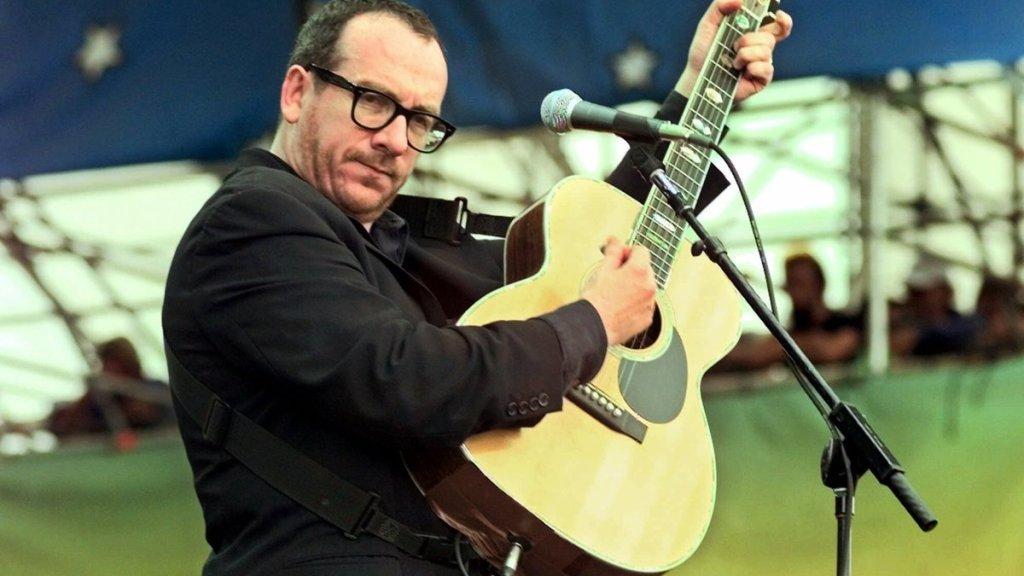 Elvis Costello en Woodstock 1999