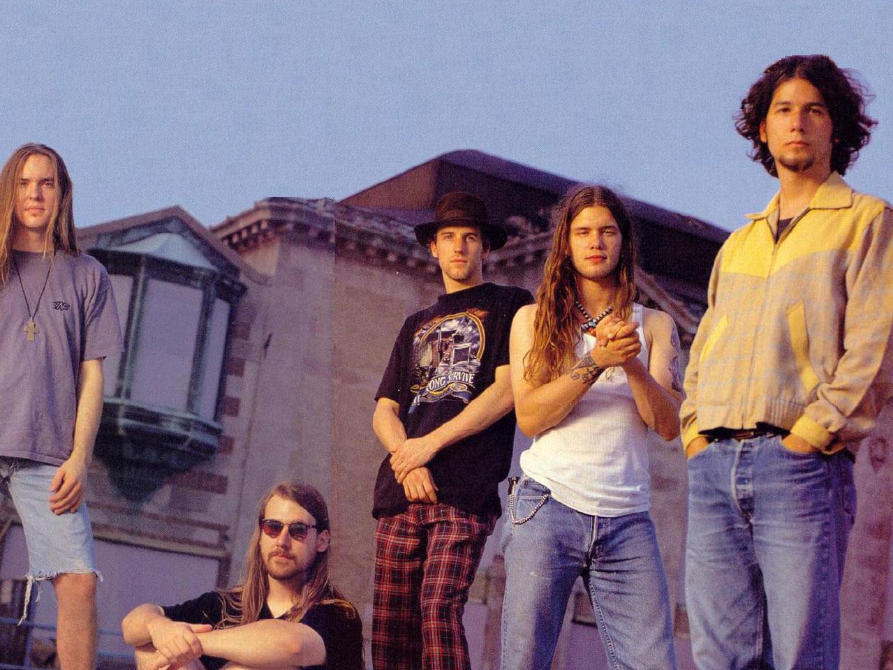 Blind Melon, Shannon Hoon, segundo de derecha a izquierda